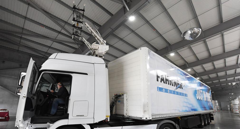 Freie Fahrt Für Test Mit Abgasfreien Lkw In Baden
